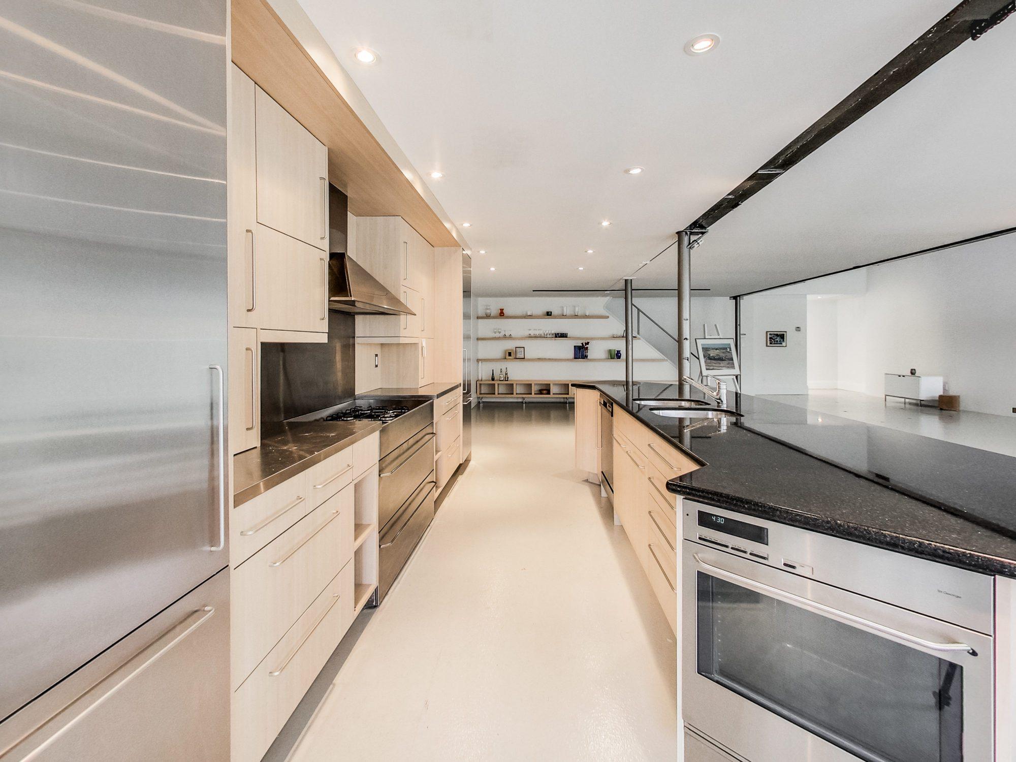 toronto-house-for-sale-609-wellington-street-west-6