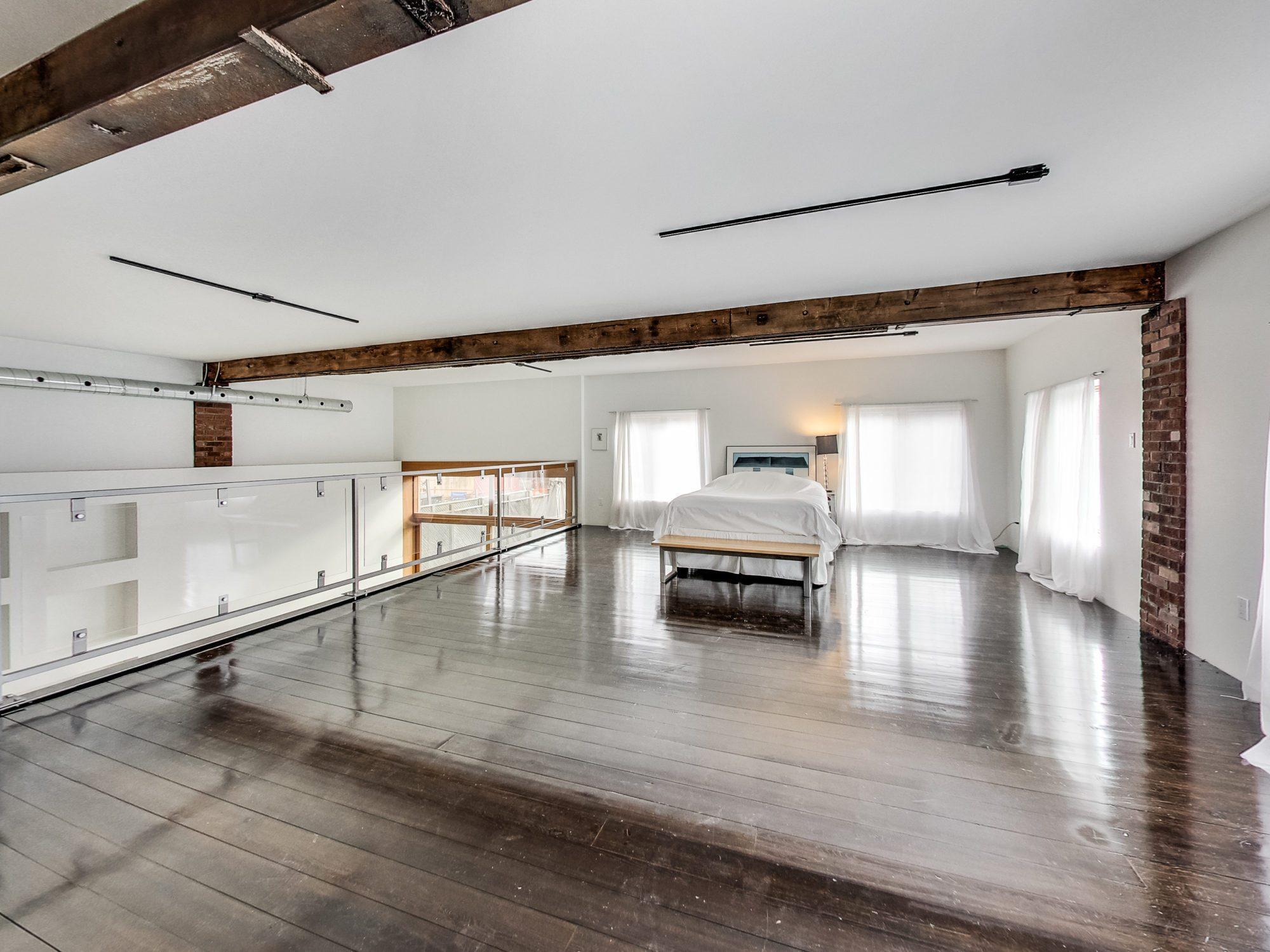 toronto-house-for-sale-609-wellington-street-west-8