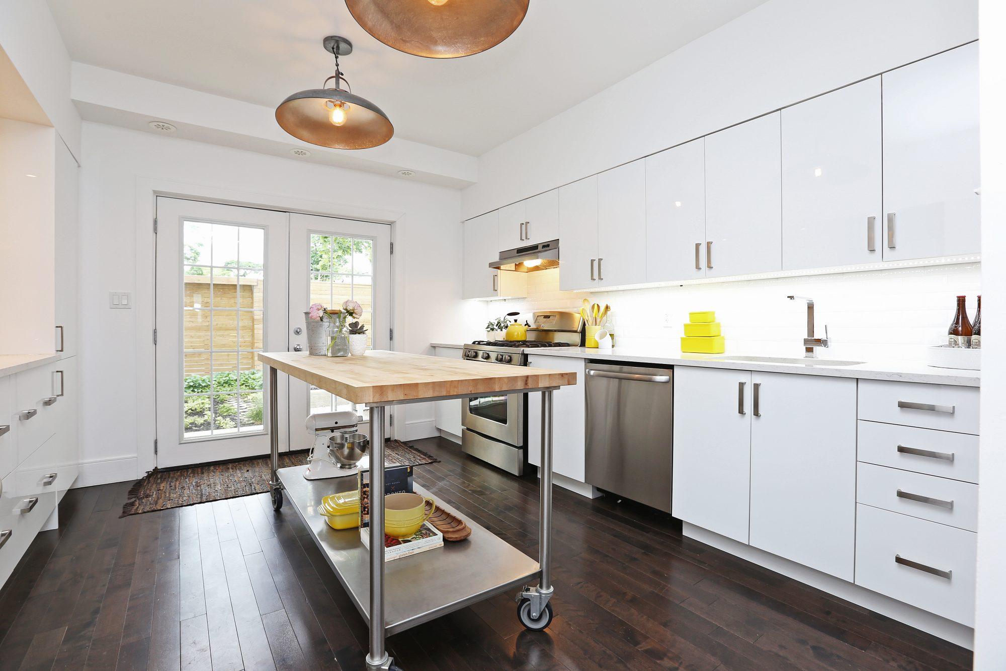 toronto-house-sold-61-dagmar-avenue-4