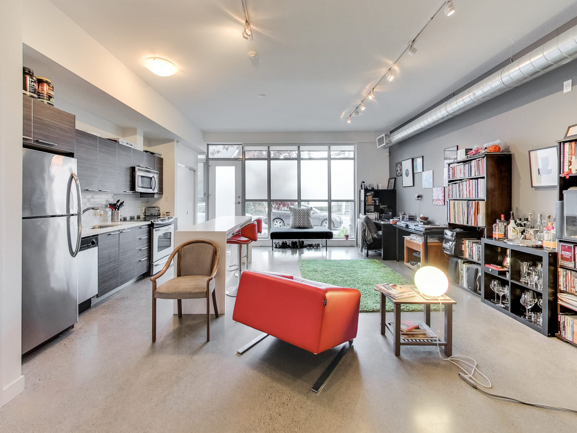 toronto-real-estate-condo-of-the-week-52-sumach-street-living-room-3