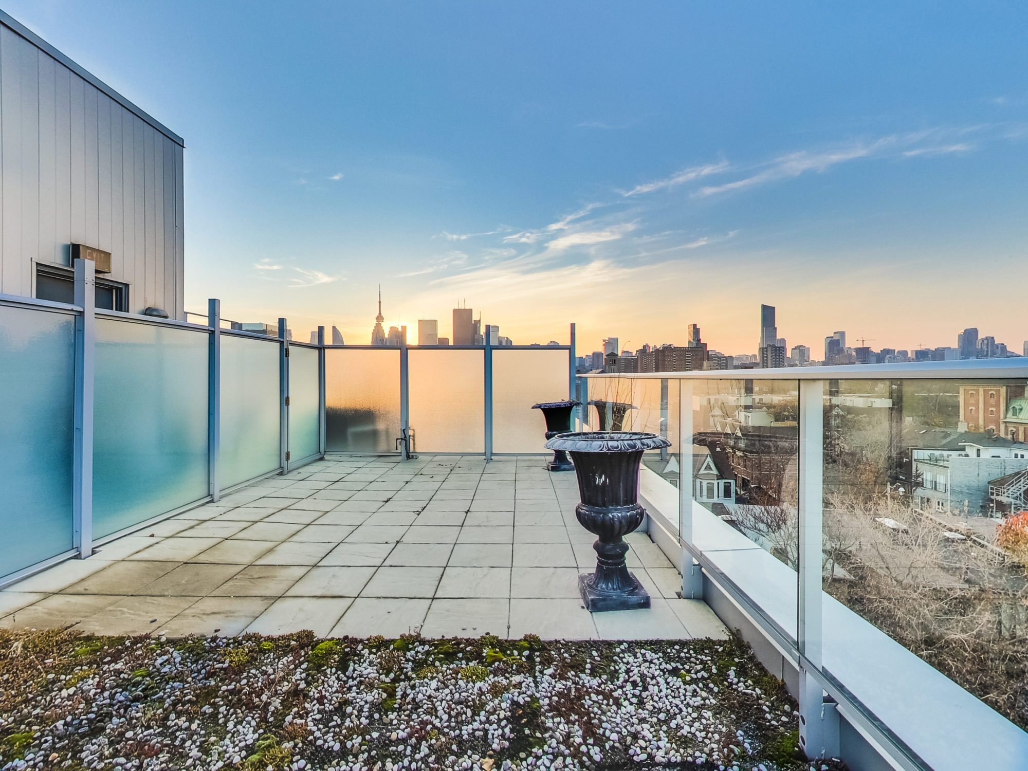 toronto-real-estate-condo-of-the-week-52-sumach-street-rooftop-private-2