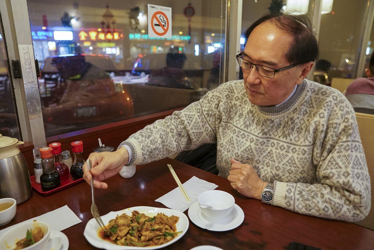 toronto-chefs-in-the-burbs-charles-yu-northern-dumpling-kitchen-portrait-lead-image