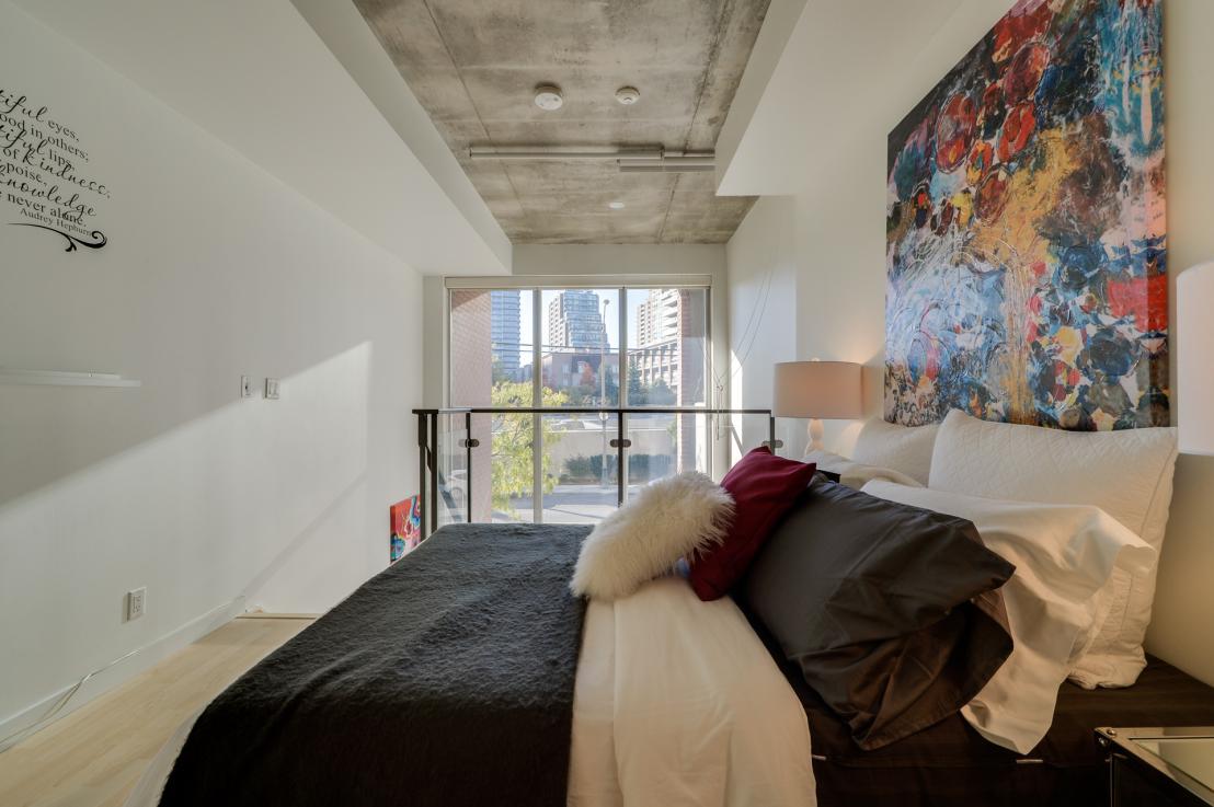 toronto-condo-for-rent-1-shaw-street-5