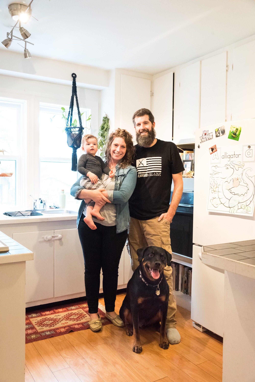 toronto-kitchen-diaries-chefs-homes-alexandra-feswick-the-drake-family-photo