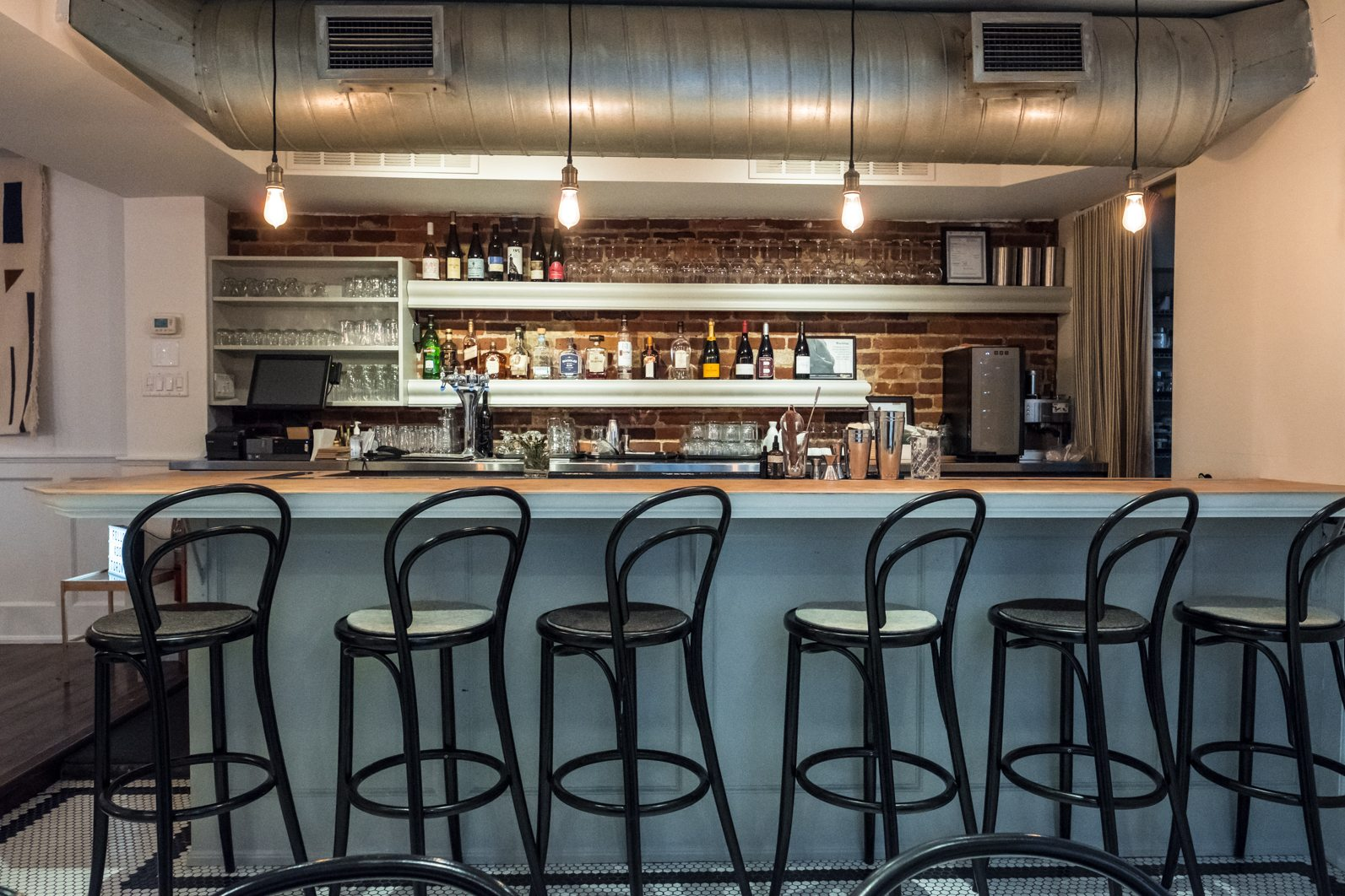 toronto-restaurants-doma-korean-french-little-italy-bar