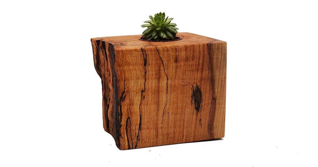 wood-planter_1024x1024