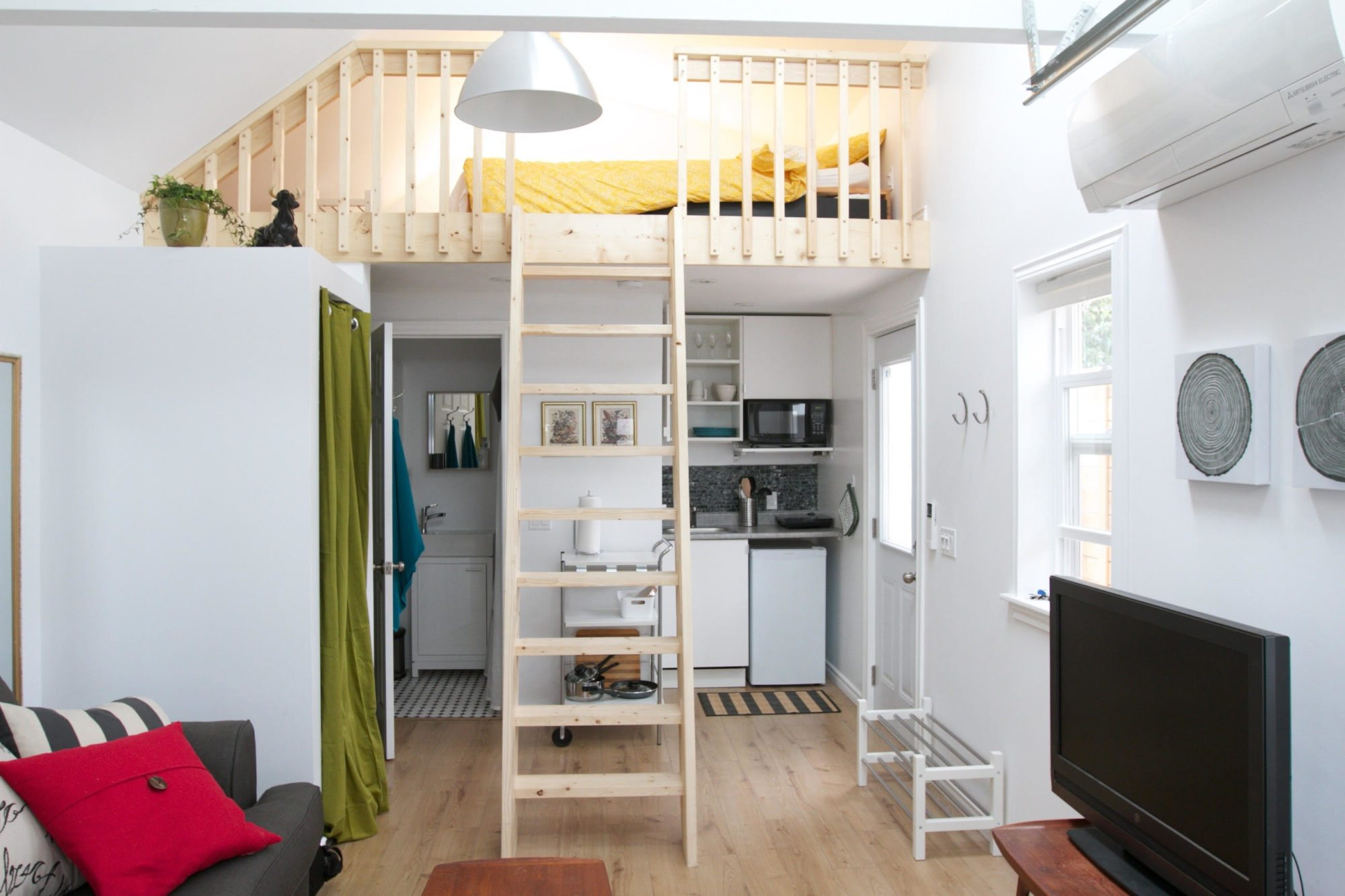 toronto-apartment-for-rent-address-withheld-2