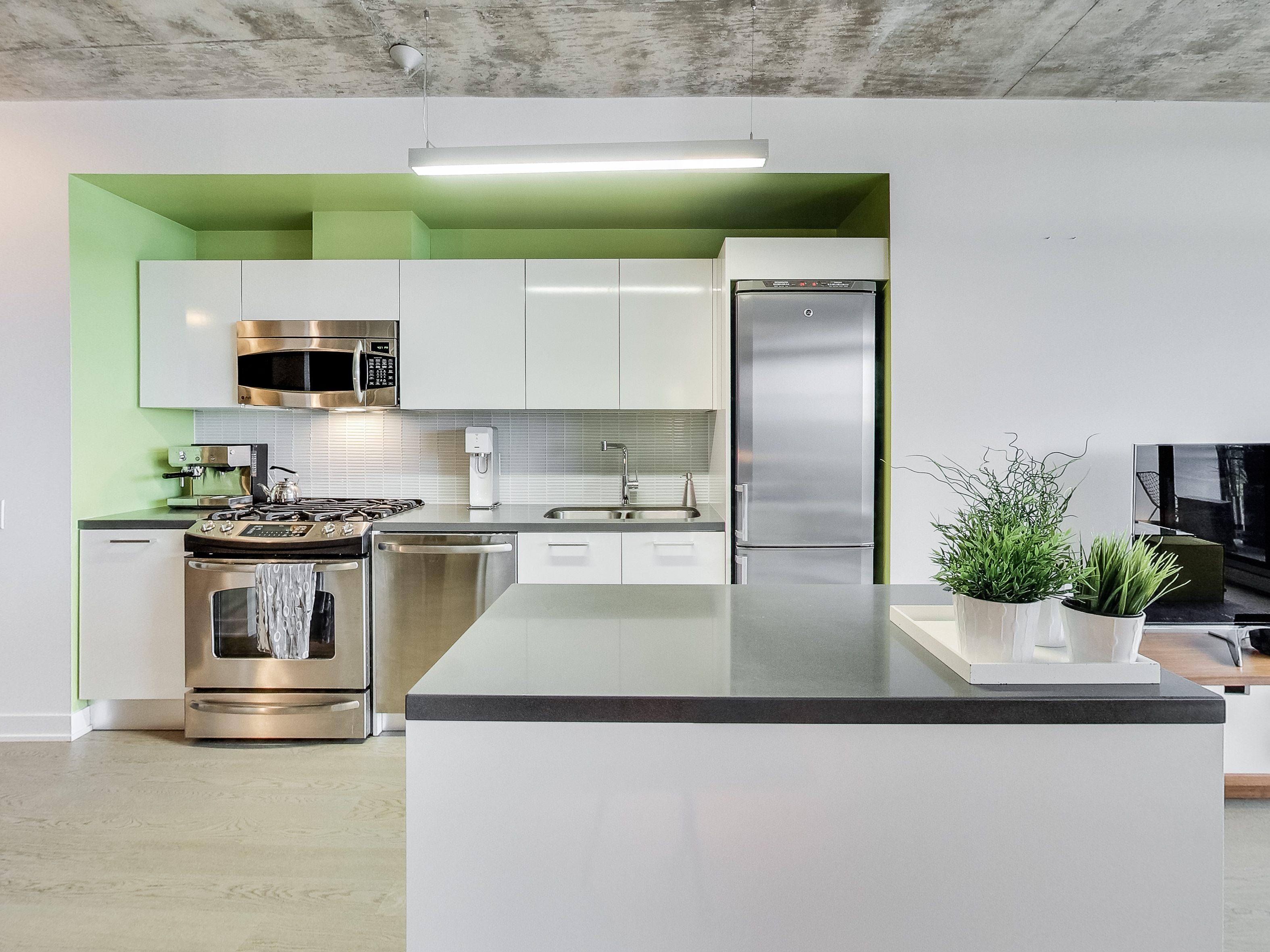 toronto-condo-for-sale-319-carlaw-avenue-3