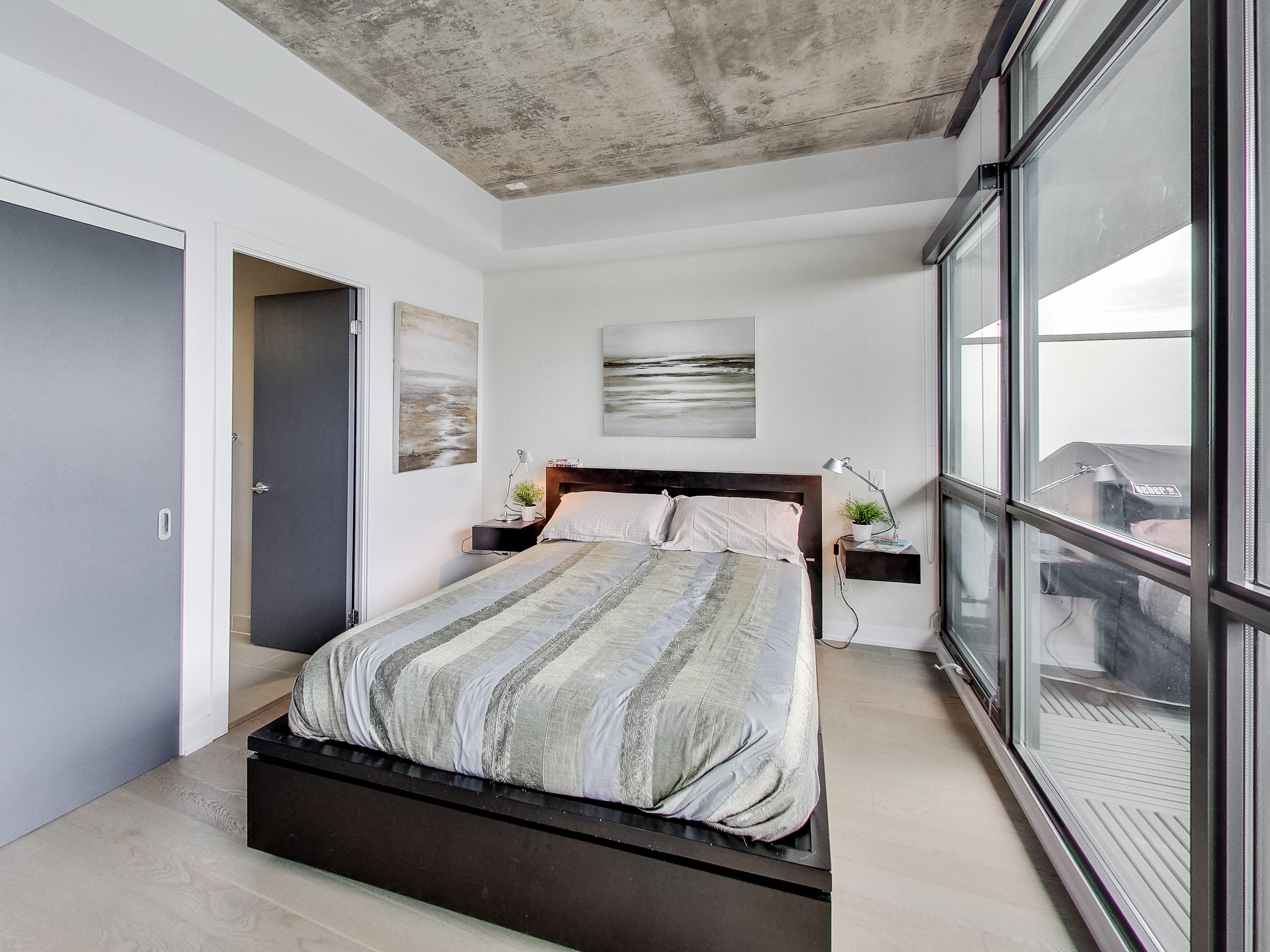 toronto-condo-for-sale-319-carlaw-avenue-7