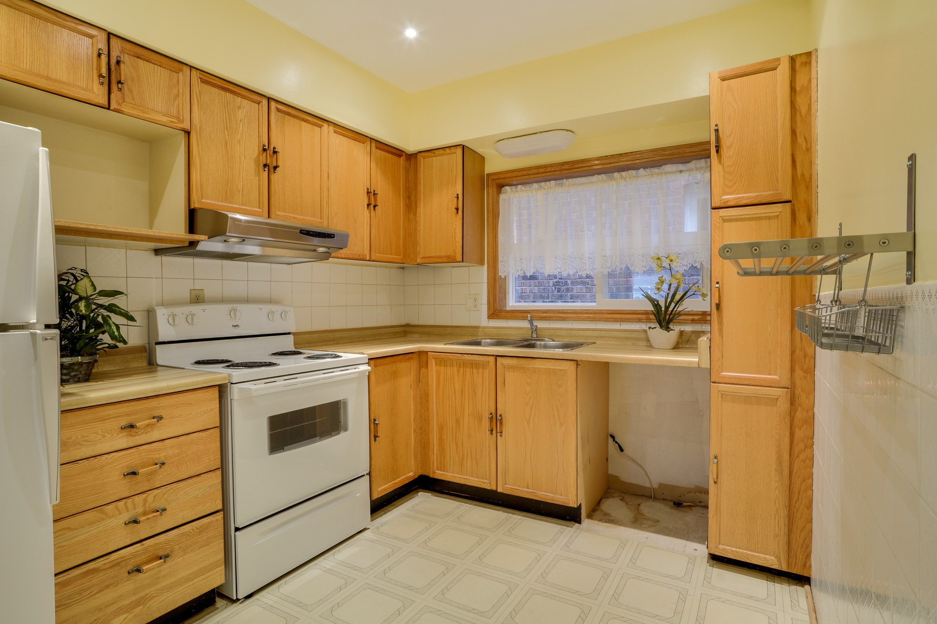 toronto-house-sold-134-colbeck-street-5