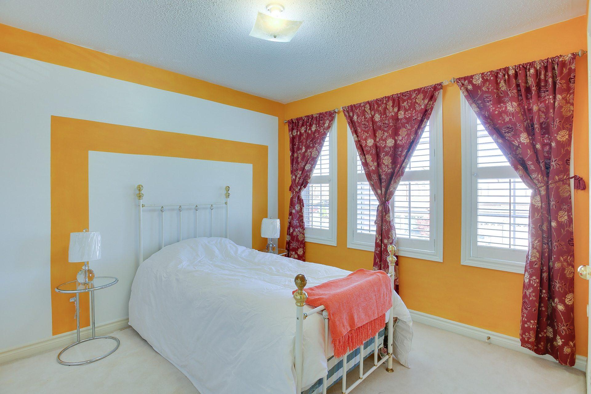 toronto-house-sold-46-monastery-lane-8