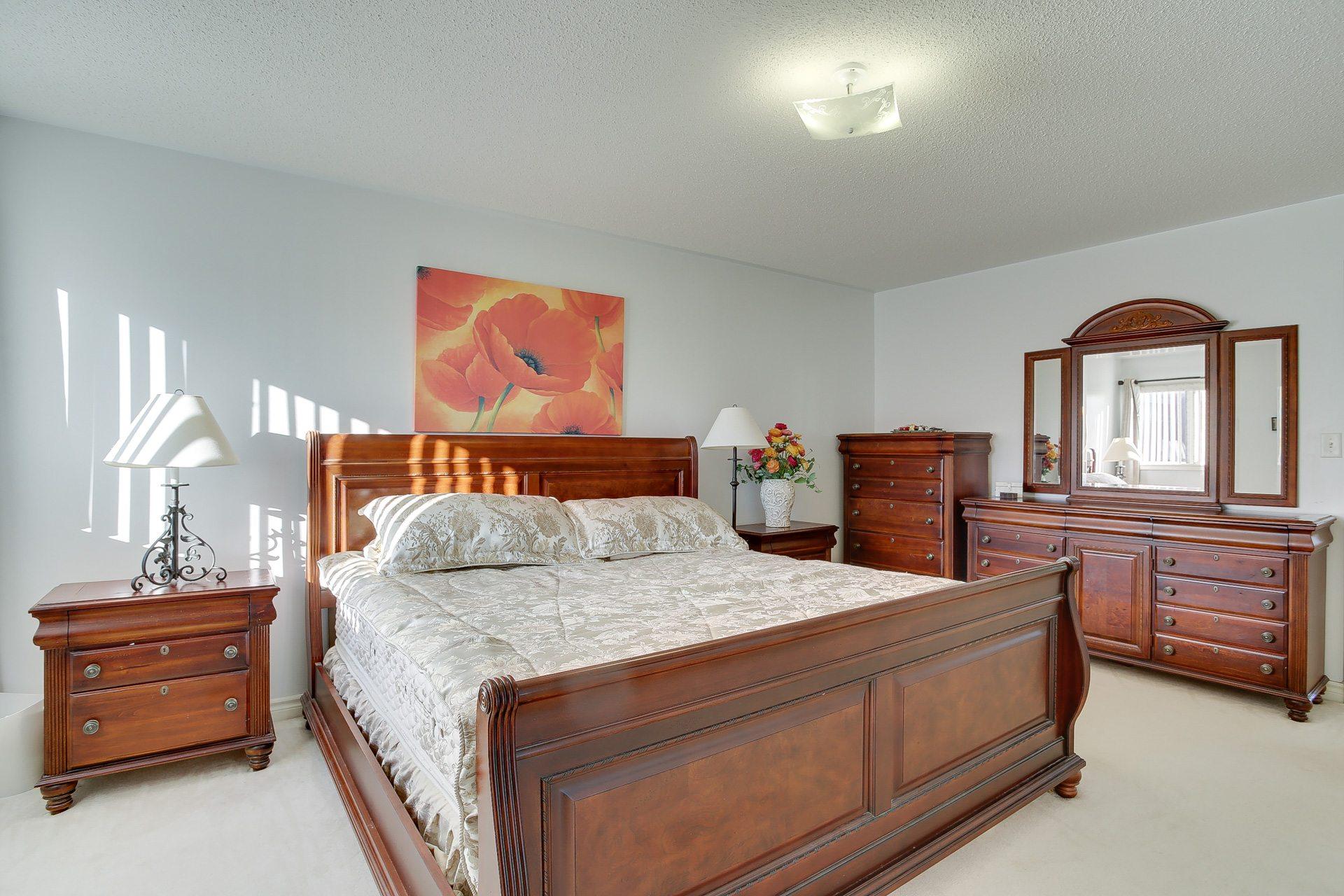 toronto-house-sold-46-monastery-lane-9