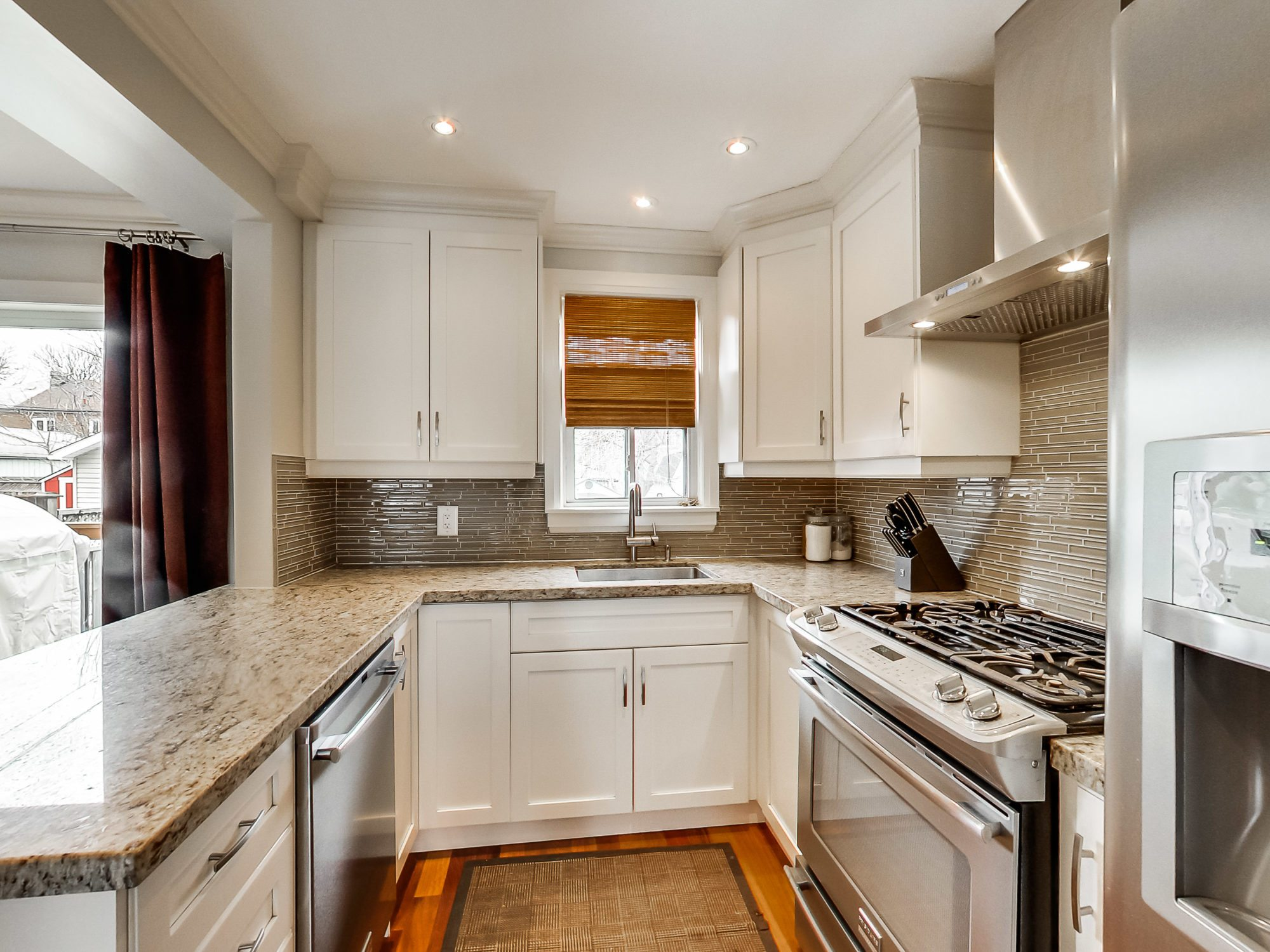 toronto-house-sold-71-hertle-avenue-6