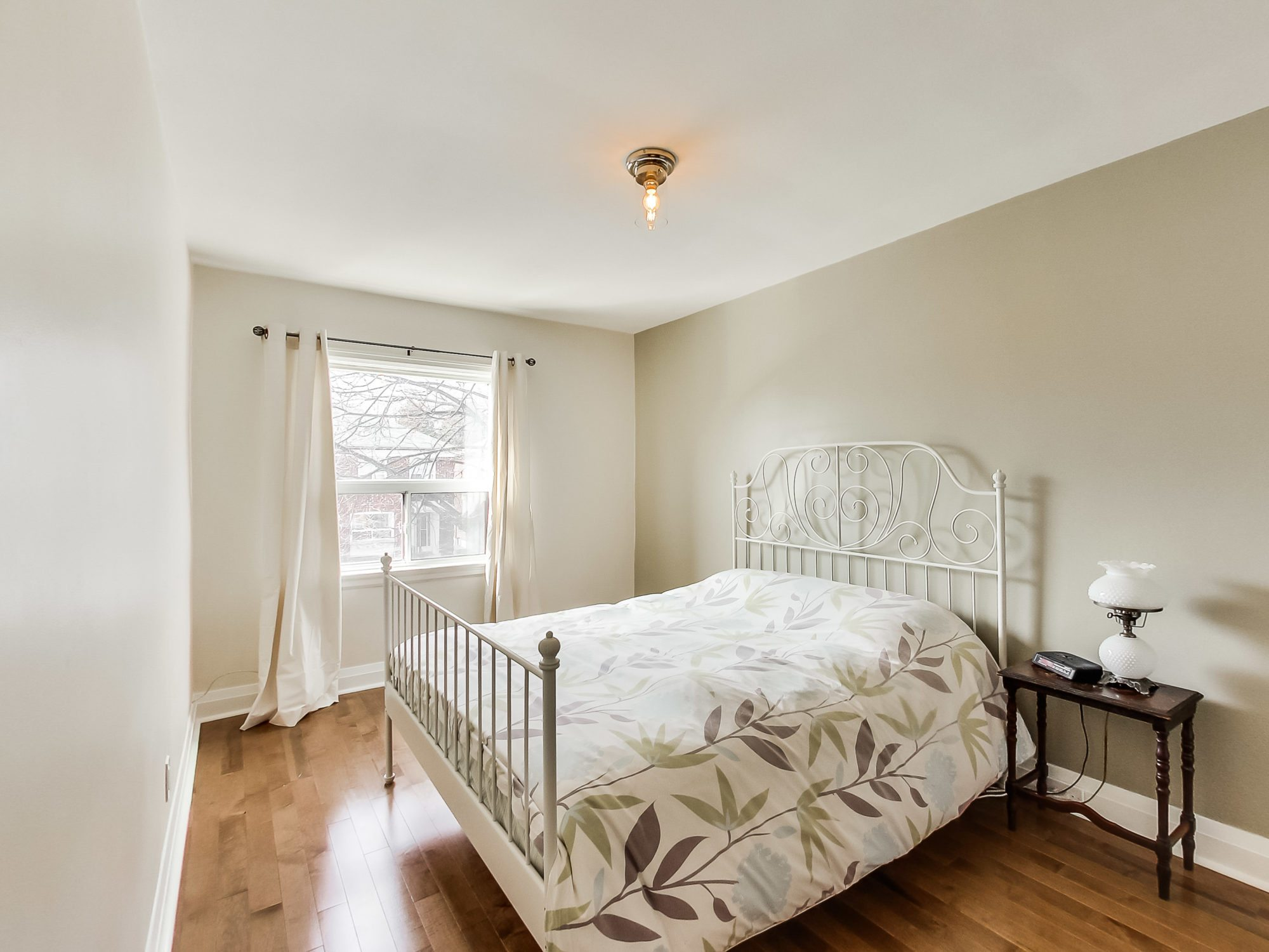 toronto-house-sold-71-hertle-avenue-8