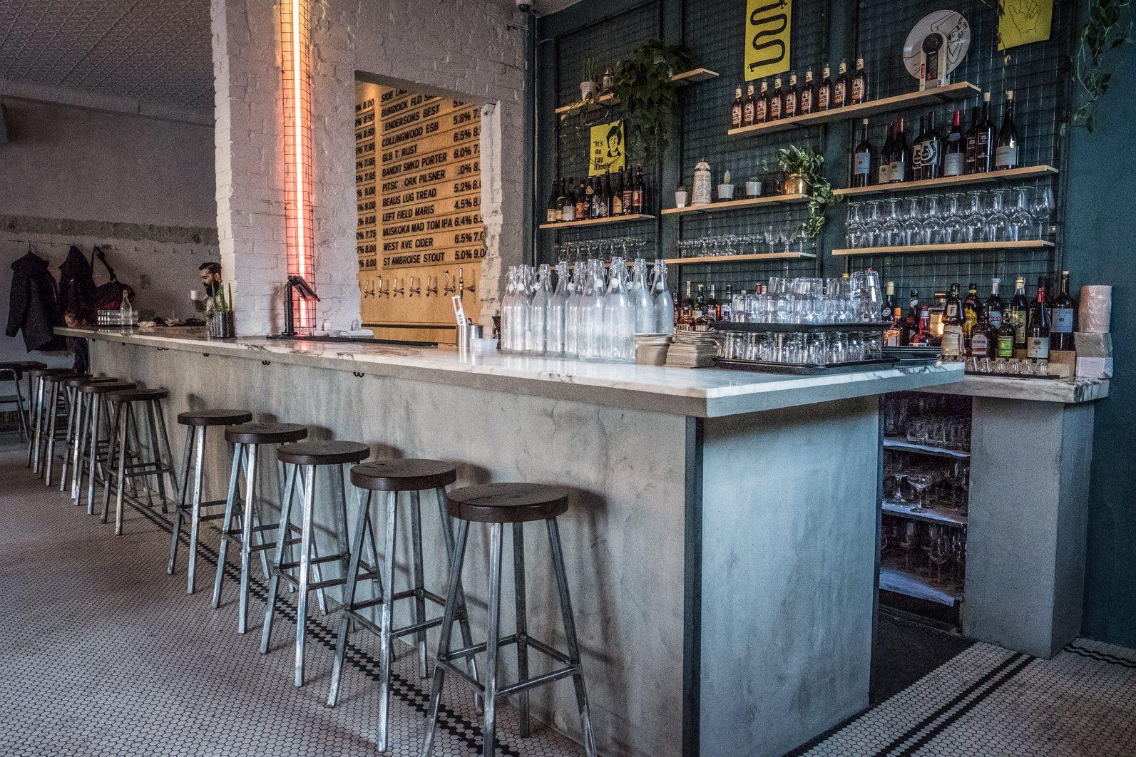 toronto-restaurants-bars-ottos-bierhalle-german-beer-queen-west-bar