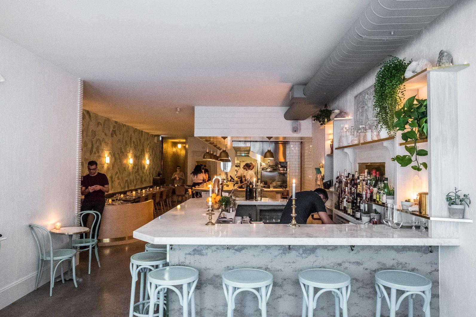 toronto-restaurants-grey-gardens-kensington-market-jen-agg-wine-cider-room