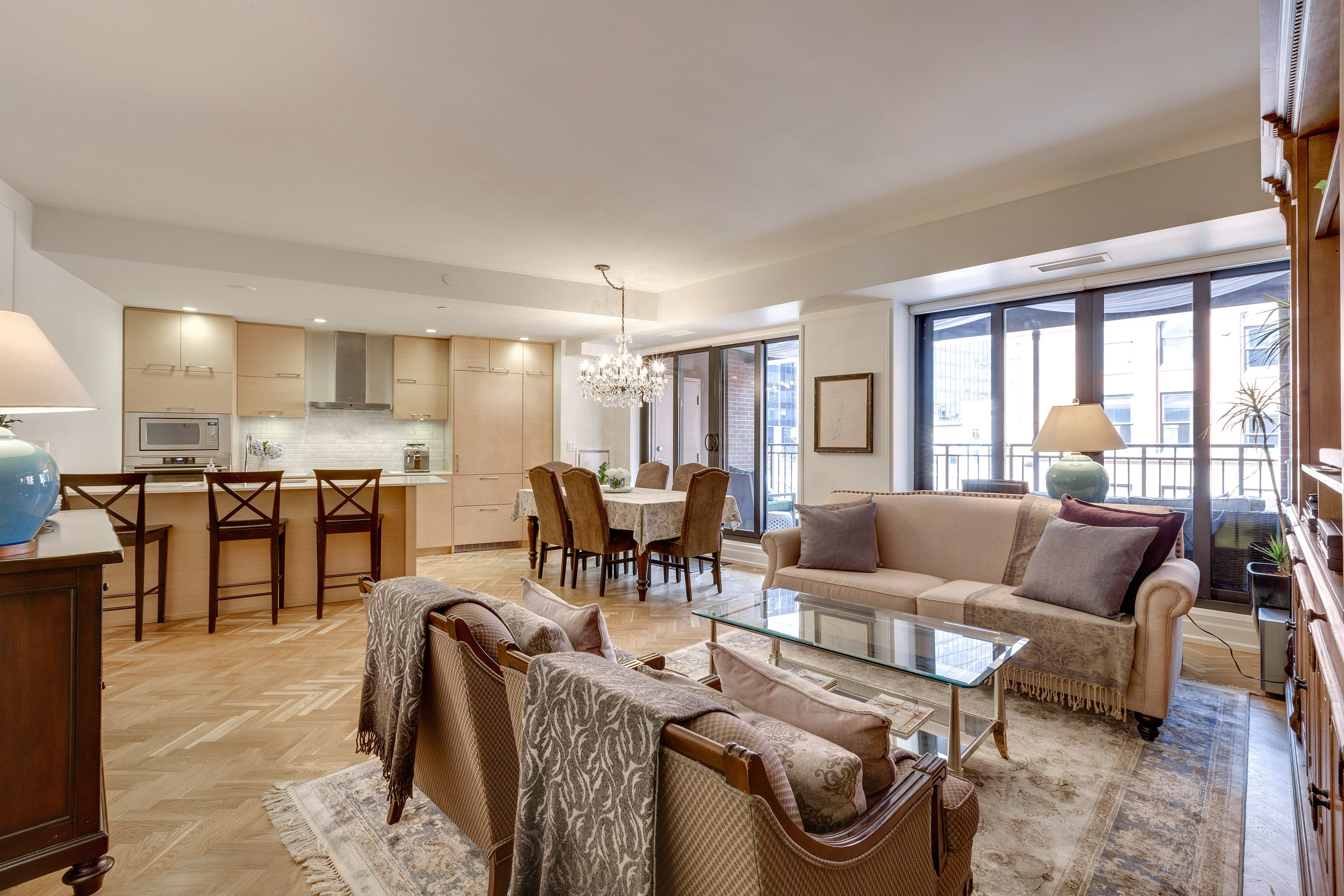 toronto-condo-for-sale-55-front-street-east-4