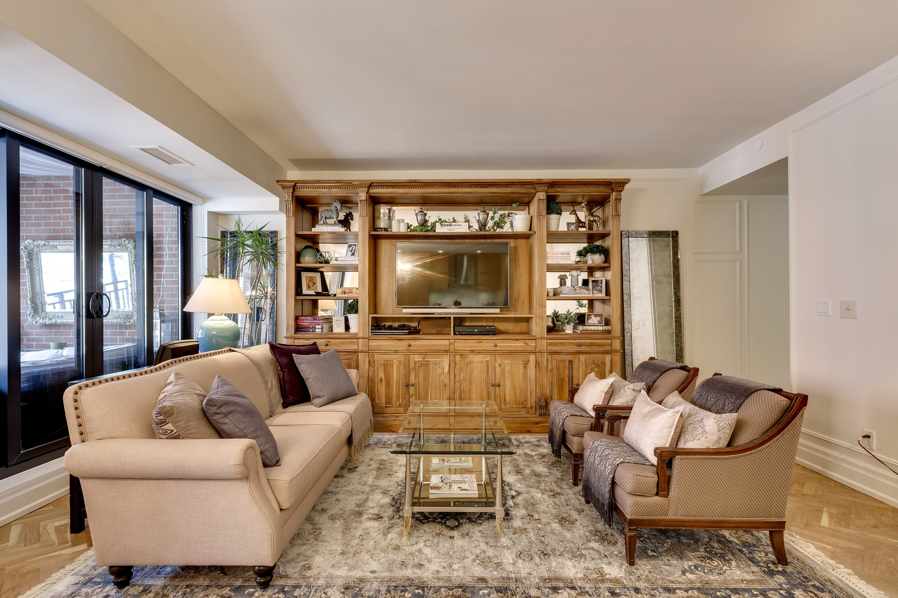 toronto-condo-for-sale-55-front-street-east-5