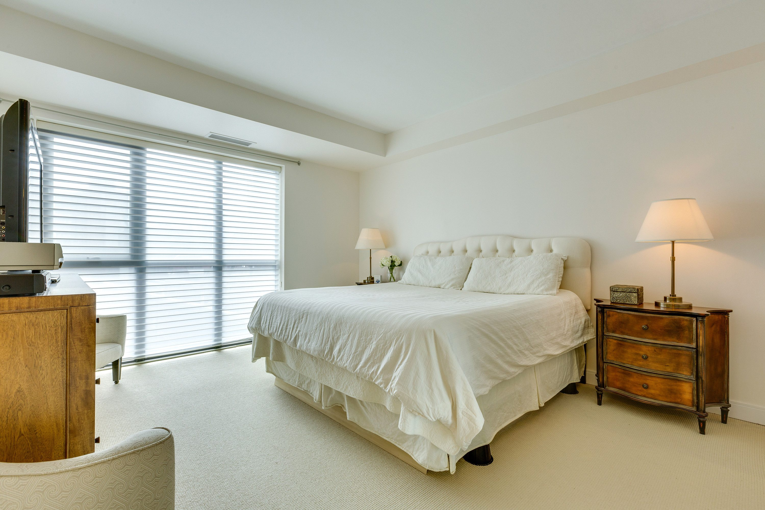 toronto-condo-for-sale-55-front-street-east-8