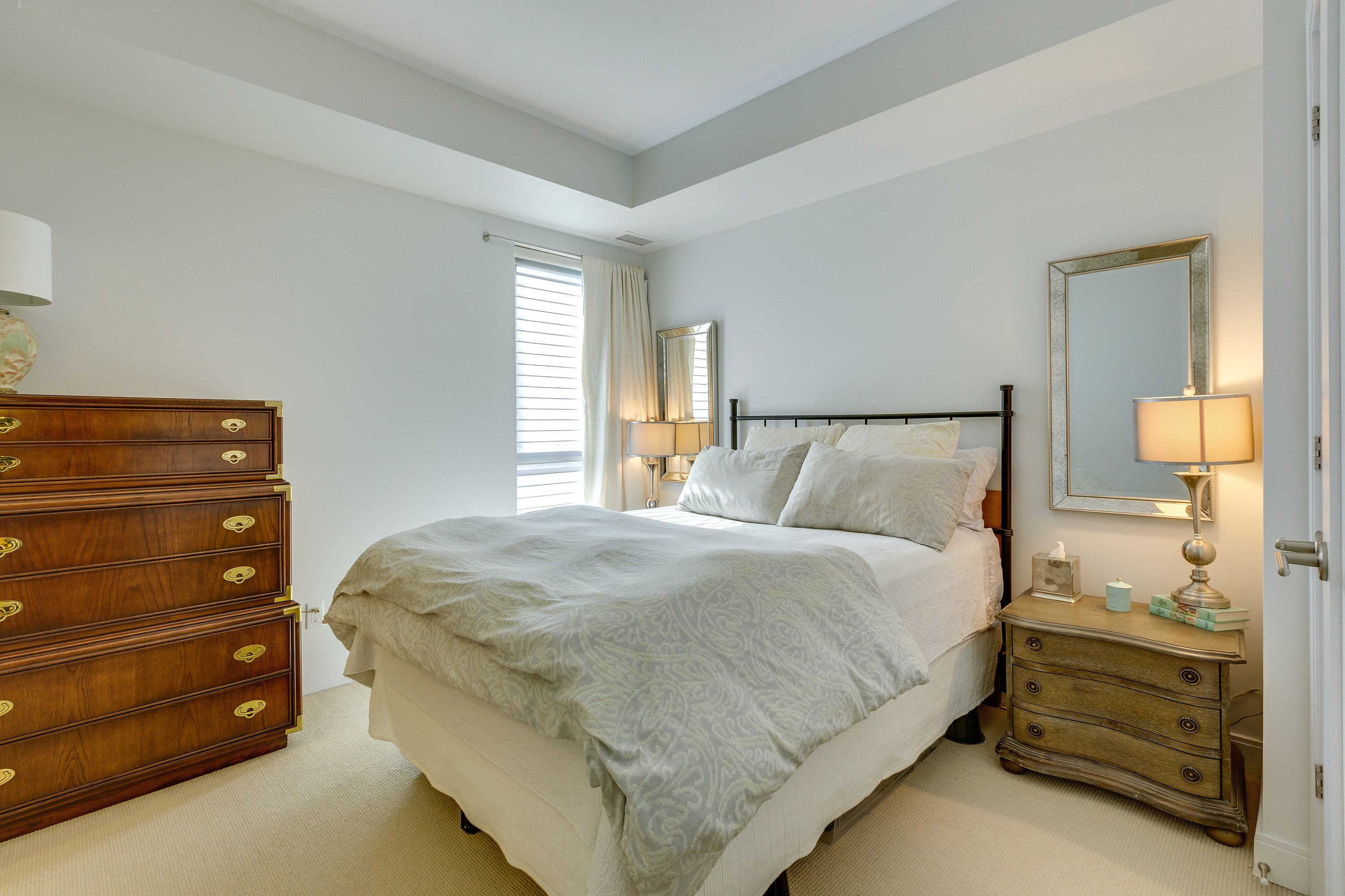 toronto-condo-for-sale-55-front-street-east-9