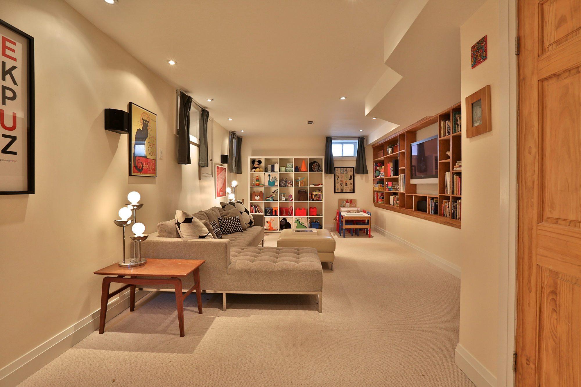 toronto-house-sold-131-concord-avenue-11