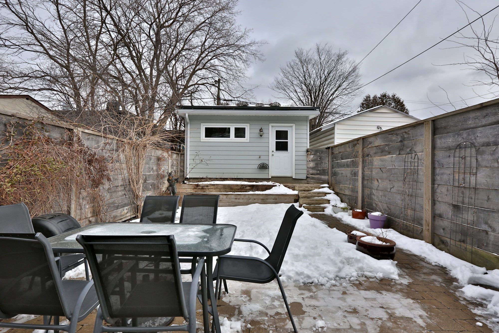 toronto-house-sold-131-concord-avenue-12