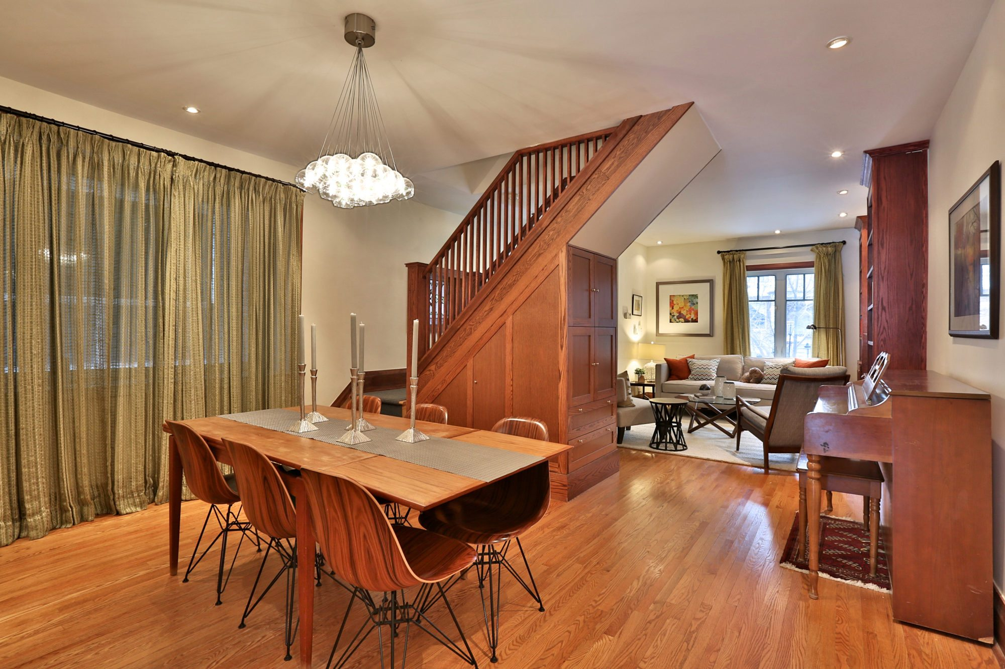 toronto-house-sold-131-concord-avenue-3