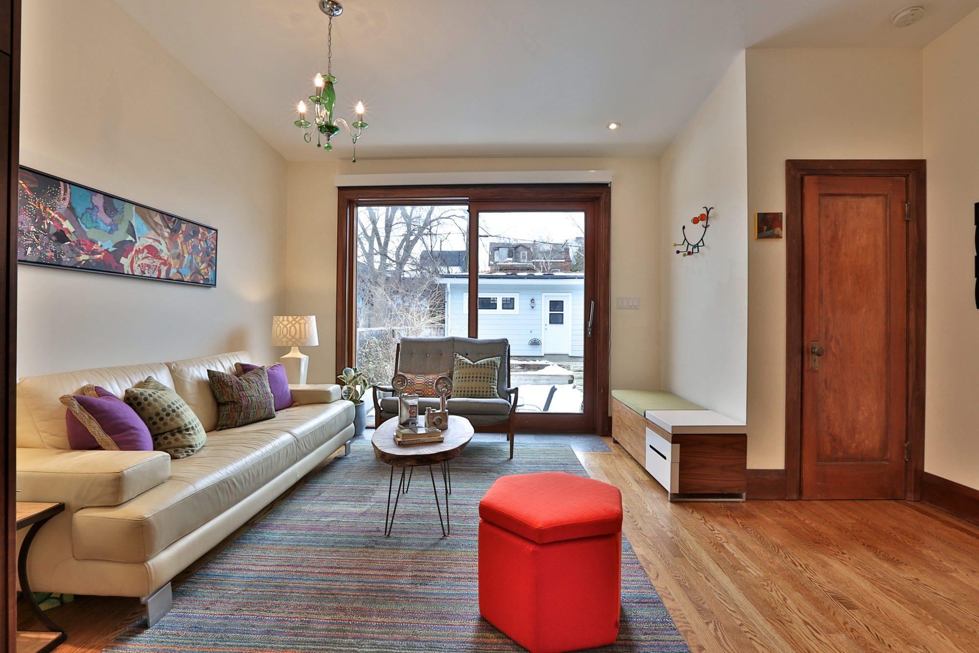 toronto-house-sold-131-concord-avenue-5