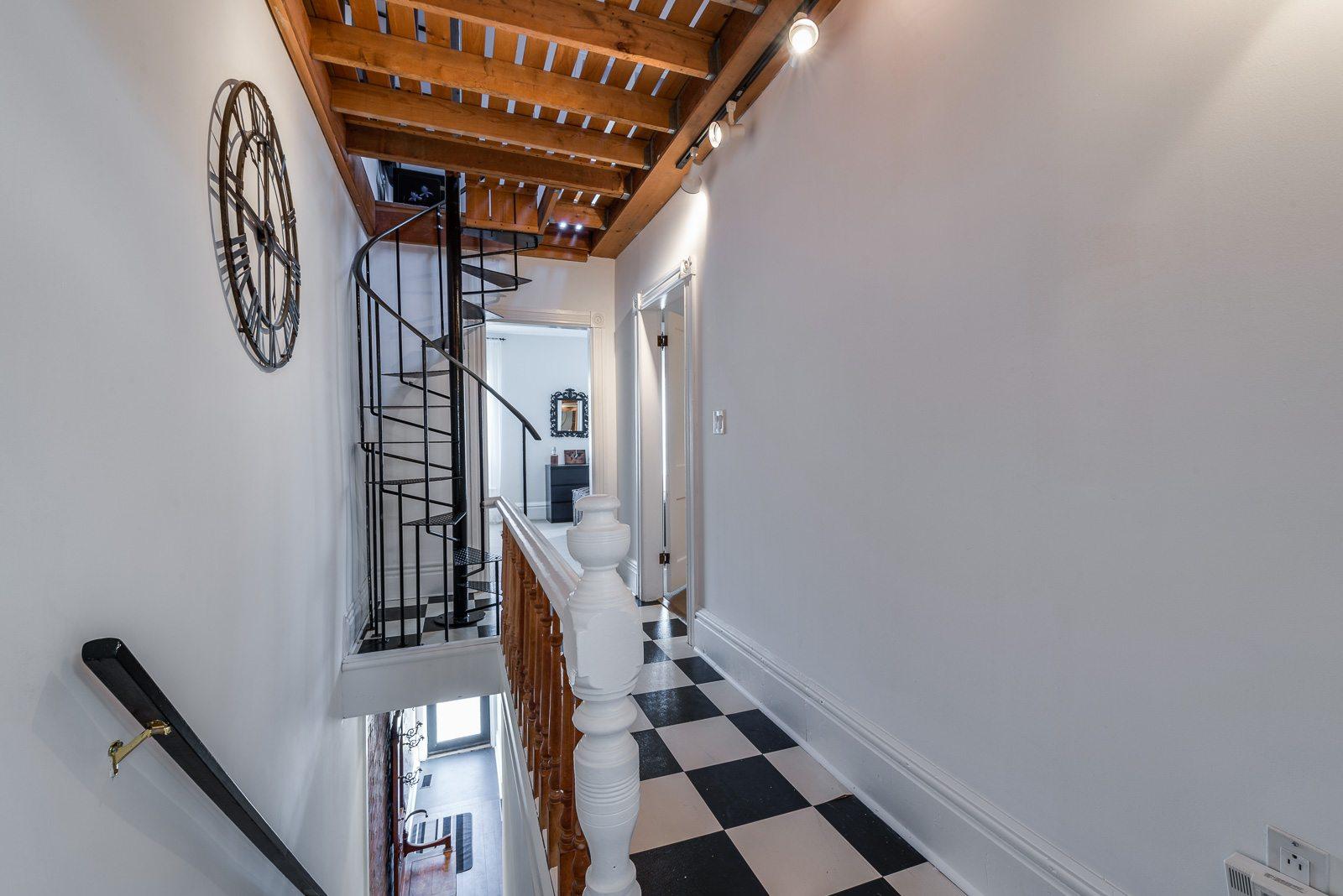 toronto-house-sold-22-cummings-street-6