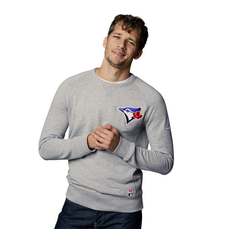 levis-crewneck-sweater