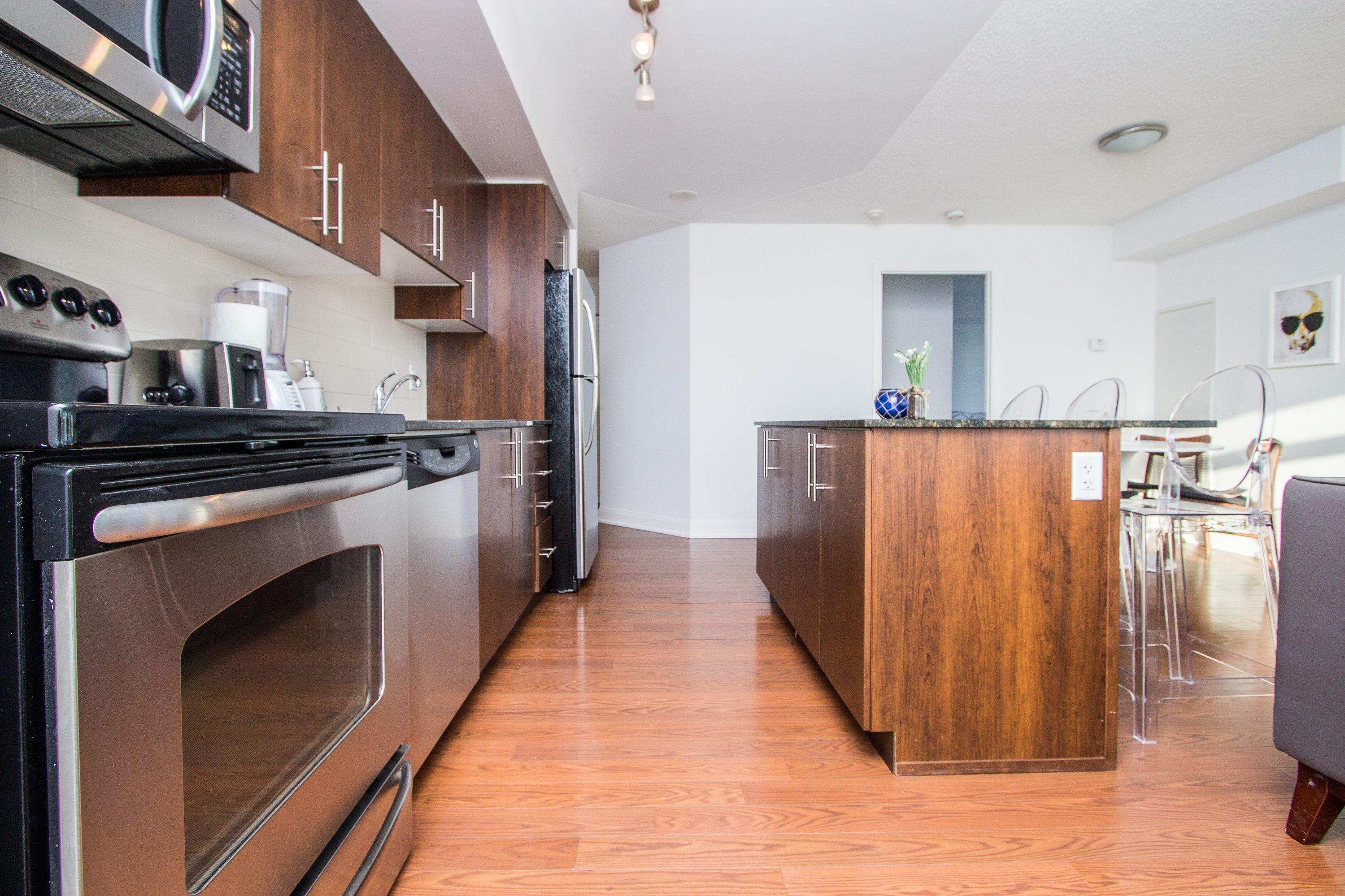 toronto-apartment-for-rent-2191-yonge-street-4