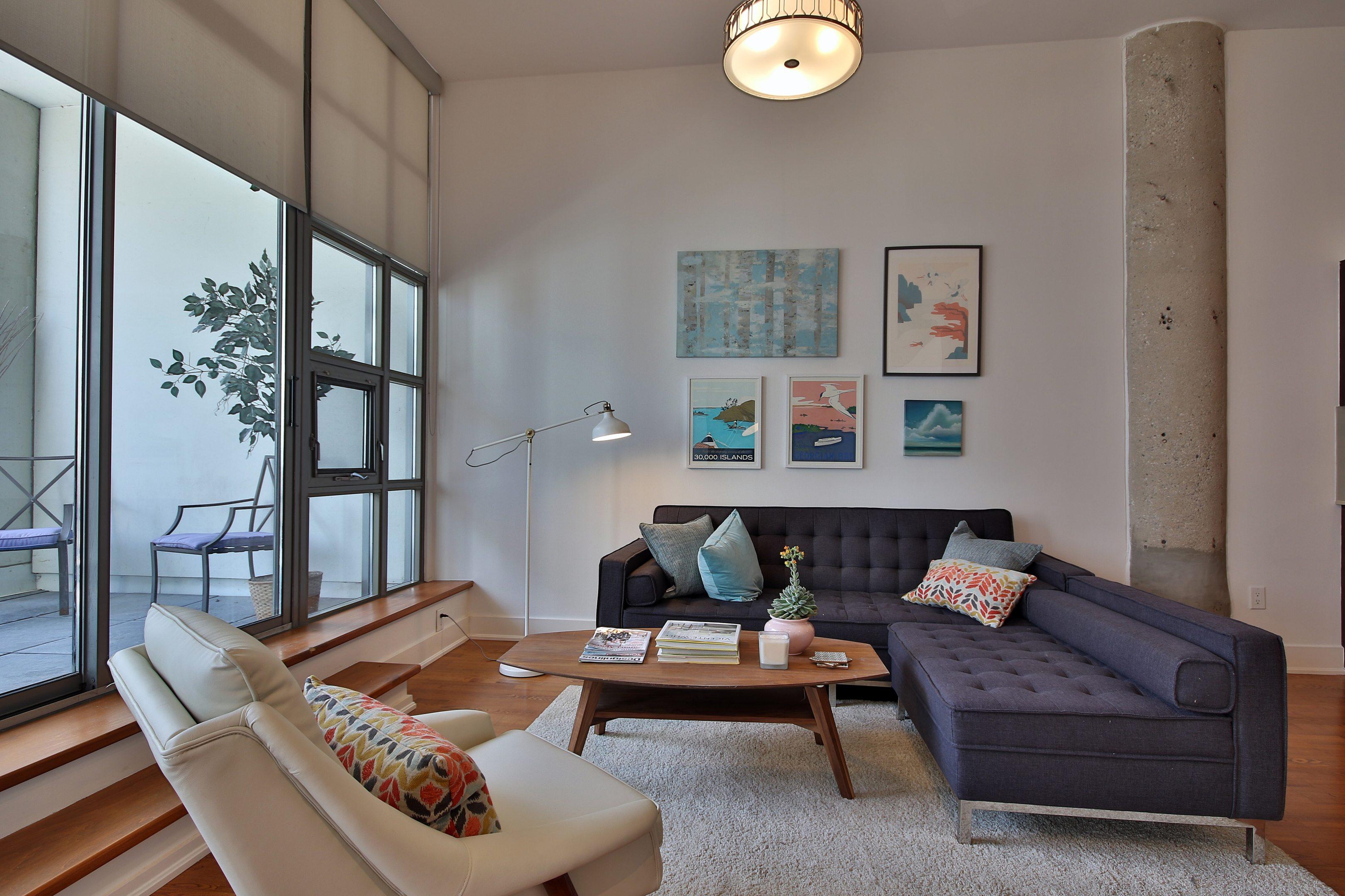 toronto-condo-for-sale-637-lake-shore-boulevard-west-2