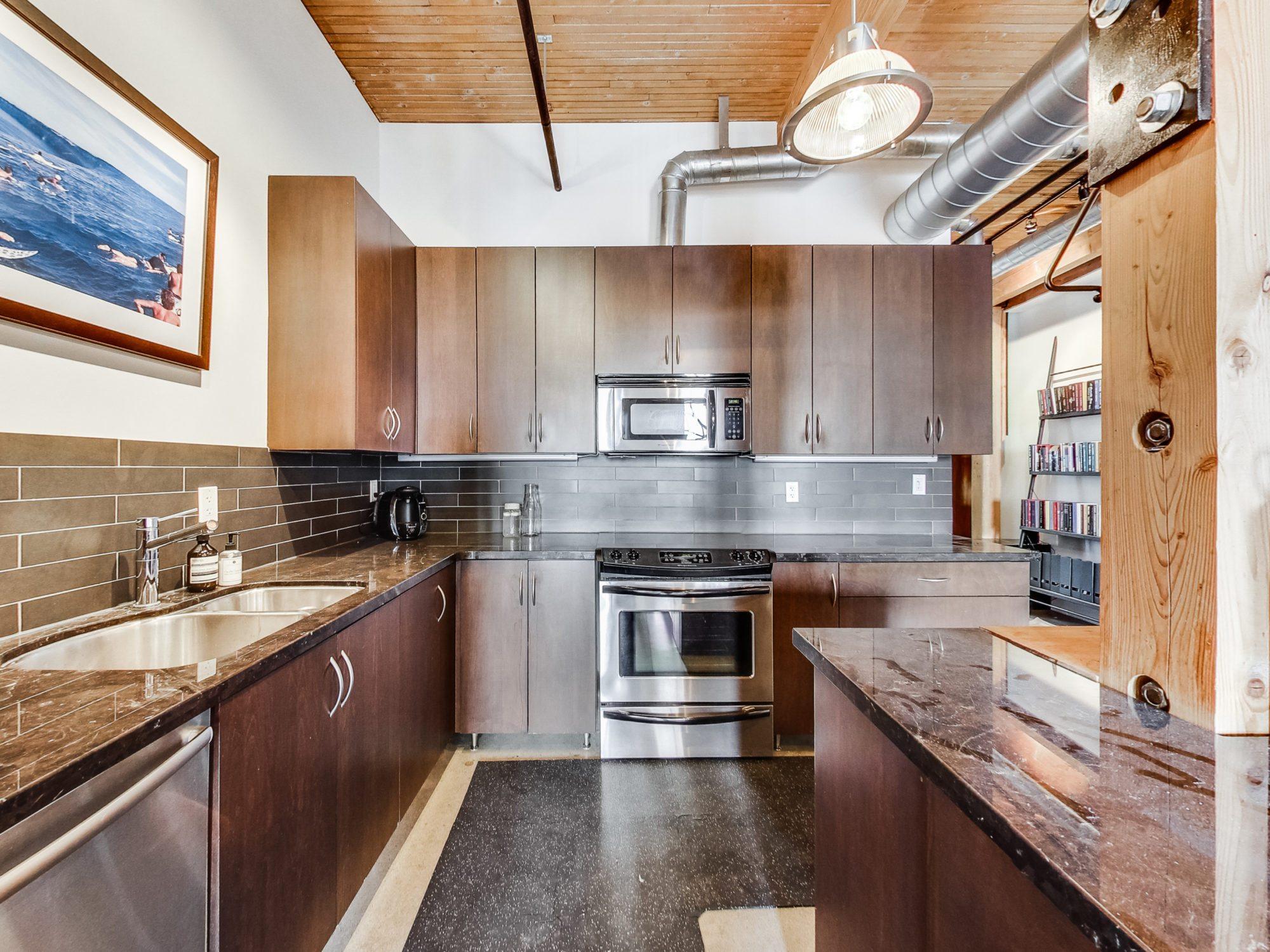 toronto-condo-for-sale-68-broadview-avenue-4