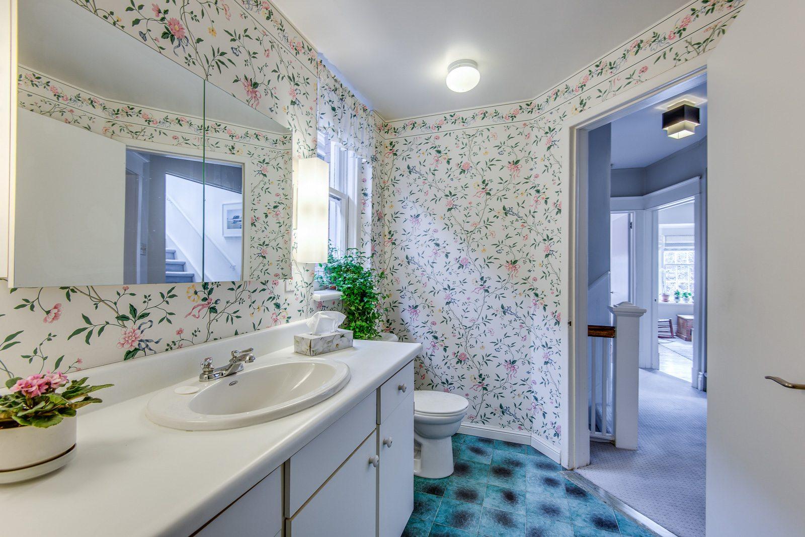toronto-house-sold-72-farnham-avenue-9