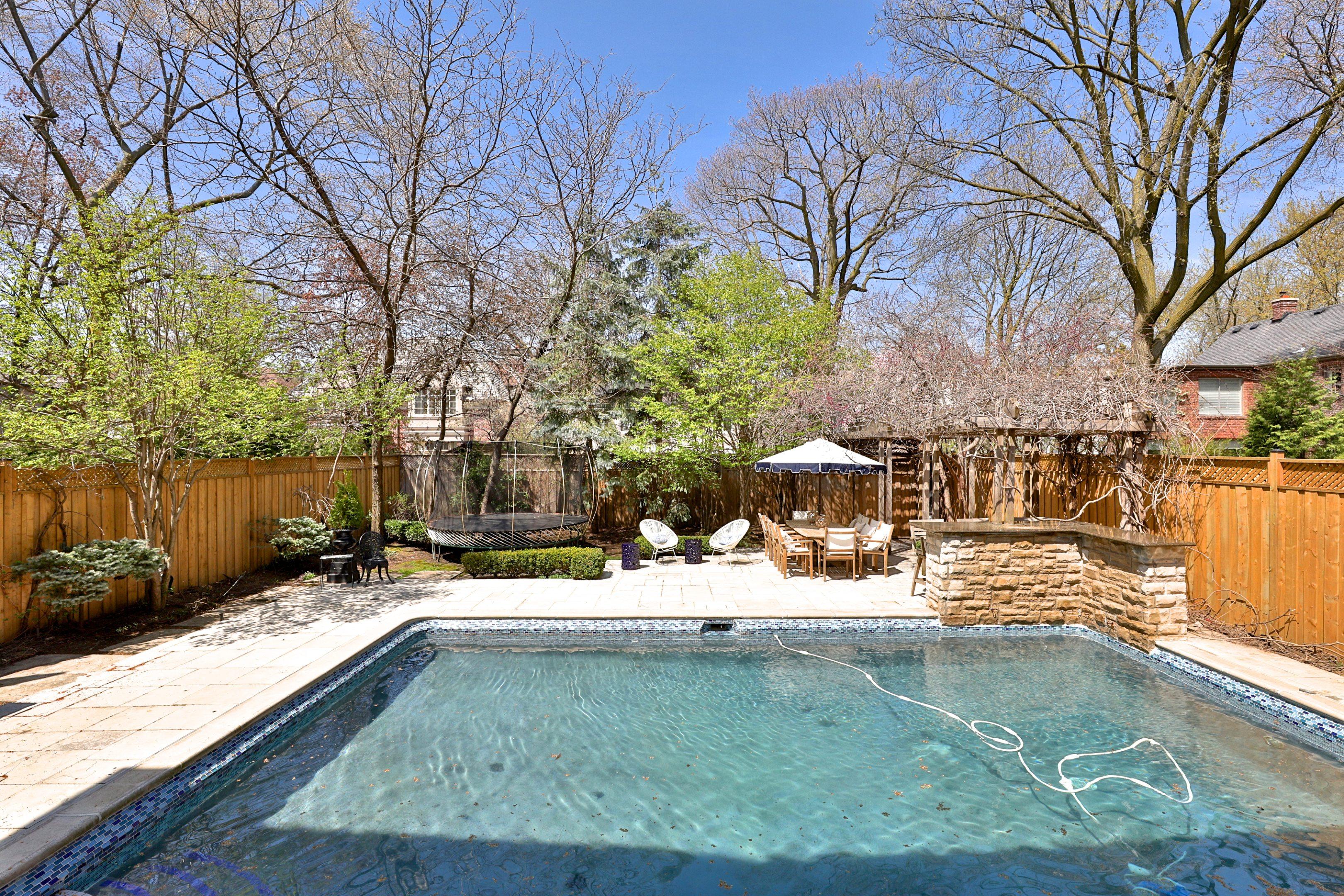 toronto-house-sold-202-hillhurst-boulevard-16