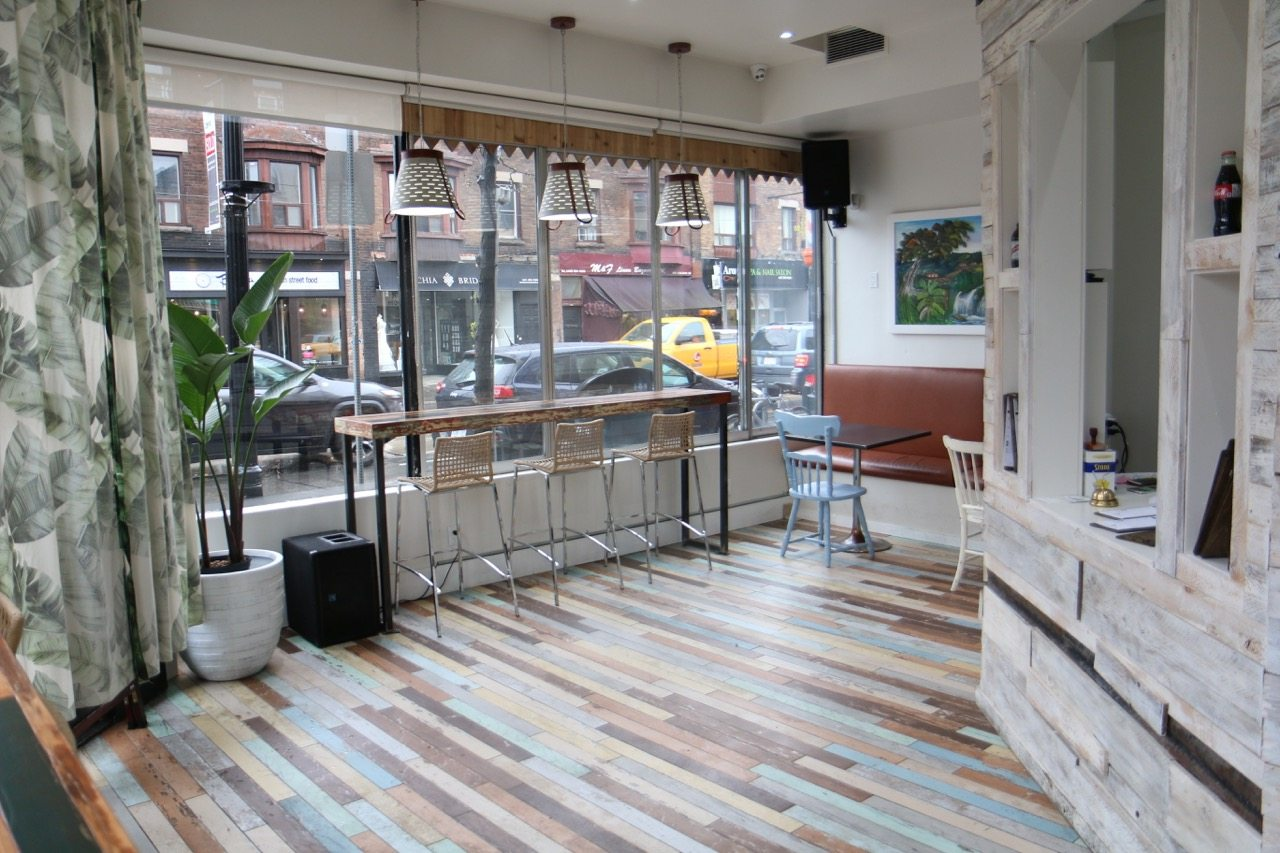 toronto-restaurants-af1-caribbean-canteen-little-italy-dining-room