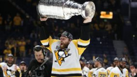 Leafs fans are peeved that Phil Kessel just won back-to-back Stanley Cups—on Toronto's dime