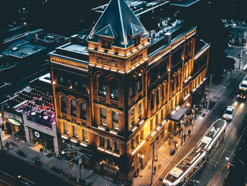 15 of the top hotels in Toronto, ranked