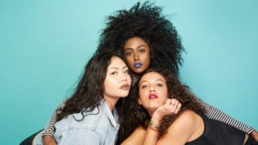 This Toronto photographer takes stunning portraits that celebrate female friendship
