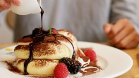 What's on the menu at Fuwa Fuwa, a shop dedicated to trendy Japanese soufflé pancakes