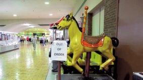 Eight photos that capture the strange '70s charm of Toronto's Galleria Mall