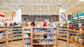 Inside Oomomo, an enormous Japanese-inspired dollar store in North York