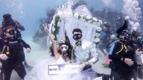 Real Weddings: Inside an underwater ceremony in Honduras