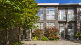 Condo of the Week: $1.25 million for a sun-filled Parkdale townhouse with a private backyard retreat