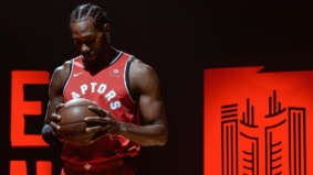 Dear Kawhi, here's a collection of love letters from big-name Torontonians