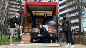 """""""We will always find a way to lift each other up"""": Operation Ramzieh volunteers on what it's been like to help some of Toronto's most vulnerable citizens"""