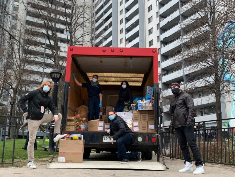 """We will always find a way to lift each other up"": Operation Ramzieh volunteers on what it's been like to help some of Toronto's most vulnerable citizens"