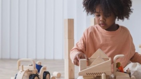 Seven toy stores offering delivery in Toronto—plus their picks for crafts, puzzles and backyard games to keep kids entertained