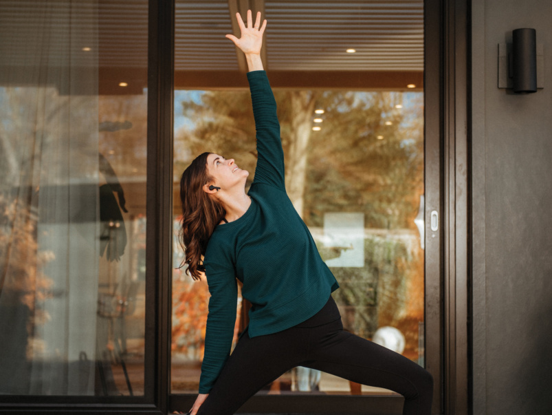 """My first client was an 84-year-old grandma"": This yoga instructor teaches classes outside her clients' windows"