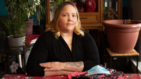 """""""Two weeks after I started my job in long-term care, I tested positive"""": a PSW tells her story"""